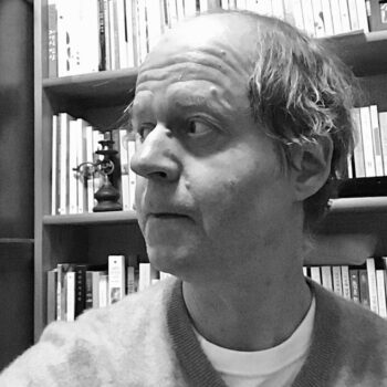 Finn Harvor-headshot